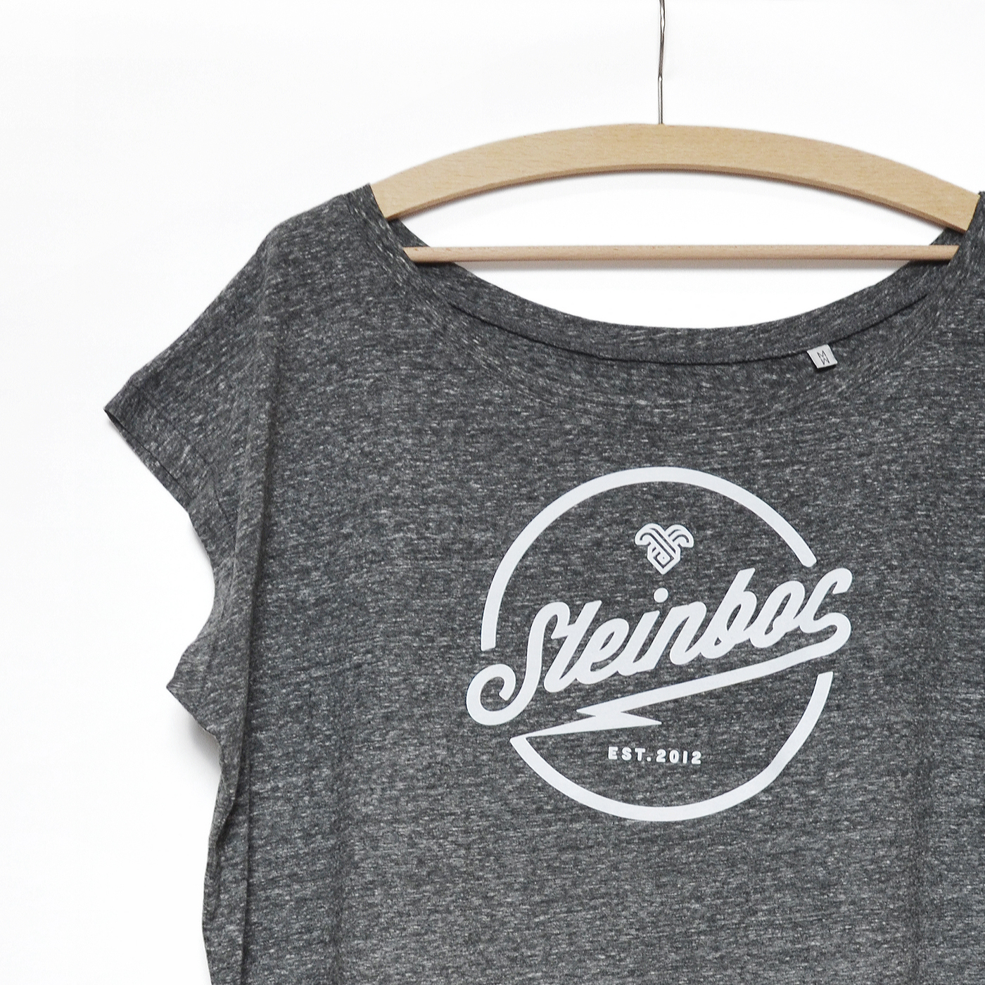 Shirt-Frauen-Grau_detail_quadrat_hp