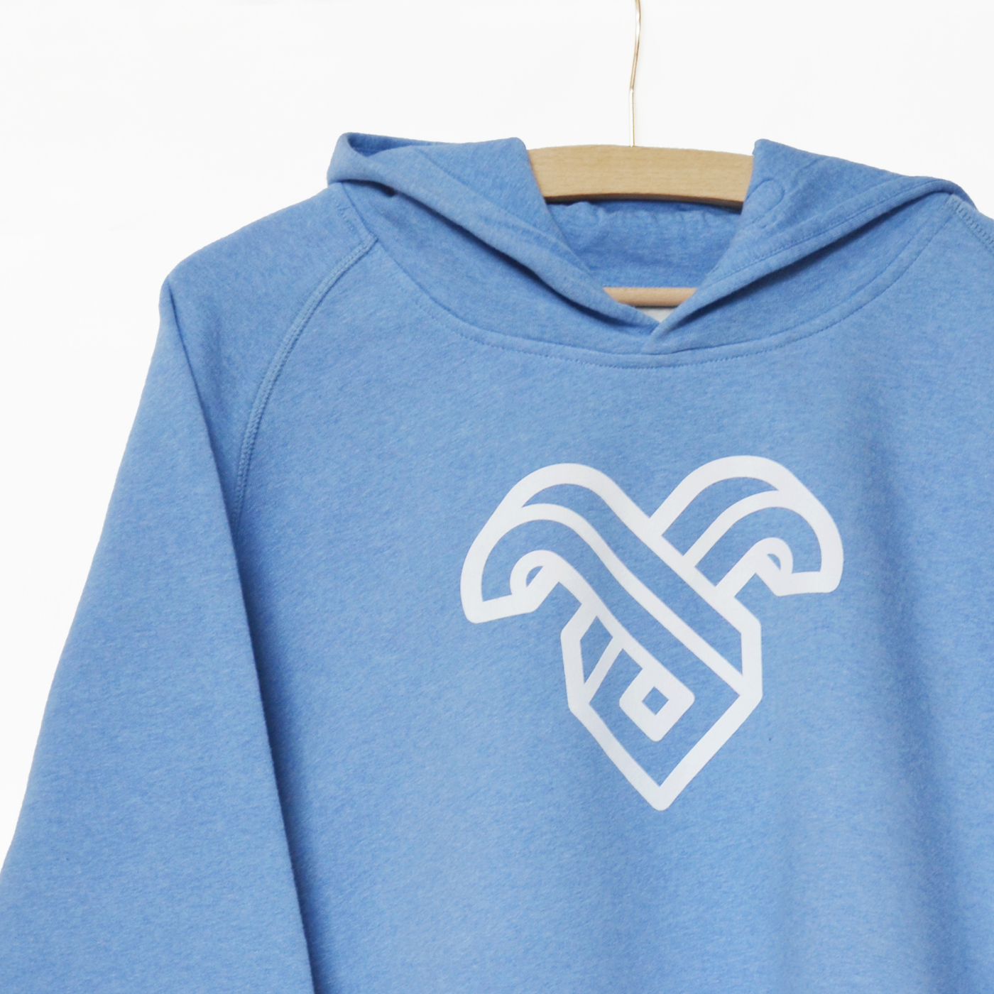 Hoodie-Logo-Frauen_detail_quadrat_hp